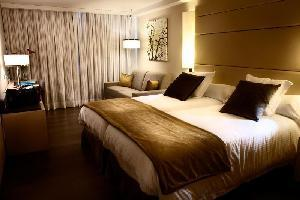 Hotel Mola Park Atiram