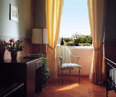 Hotel Domus Sessoriana